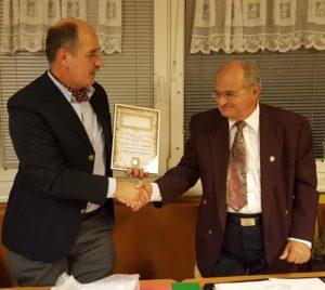 Der neue Präsident des WBGV Günter Zippel (links) mit dem alten Präsidenten Harald Lindmayr (rechts)